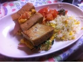 【ライ麦パンサンドイッチ】ダイエット朝食