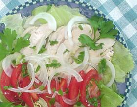 蒸し鳥とイタリアンパセリのサラダ