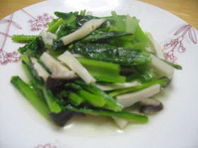 小松菜(青梗菜などの青菜)の塩炒め