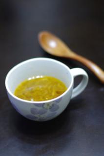オリーブオイルで煮込む!?オニオンスープ