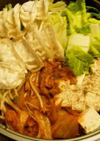 発汗♪スタミナ餃子のキムチゲ鍋