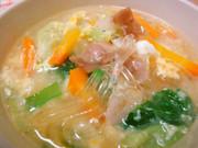 *白菜とベーコンの春雨スープ*の写真