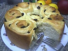 レーズン畑のロールパン