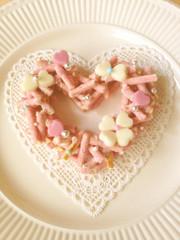 バレンタインに簡単ハートのポッキーリースの写真