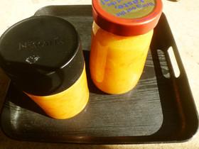 蜜柑の皮とオレンジジュースでマーマレード