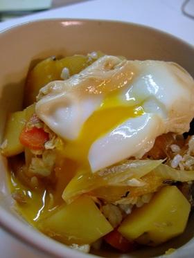 節約レシピ☆サバじゃがと卵のどんぶり