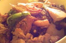 豚肉玉葱筍椎茸キャベツピーマンの中華炒め