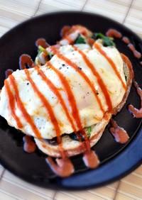 休日朝食に★卵のせトースト