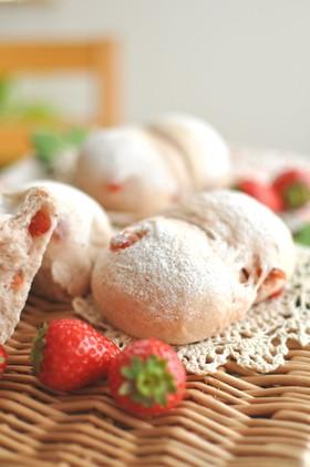 いちごのファンデュ(苺パン)