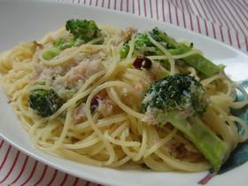 簡単★カニとブロッコリーのペペロンチーノ