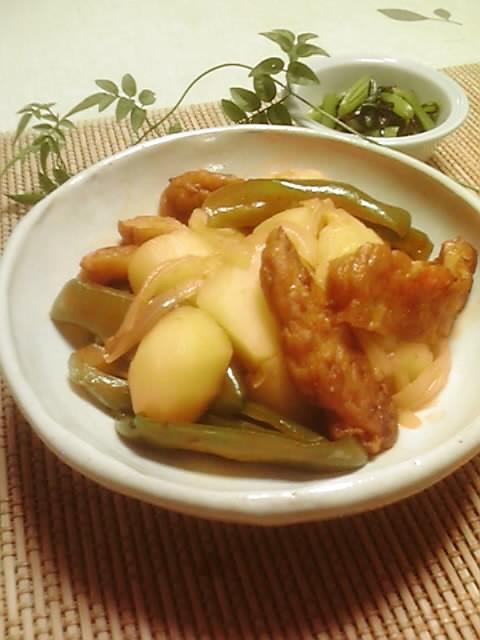 簡単☆じゃが芋とさつま揚げの煮物
