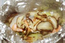 大葉風味の♪鮭とキノコのホイル焼き