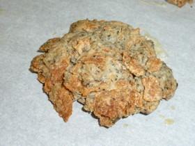 玄米フレークと黒ゴマのヘルシークッキー♪