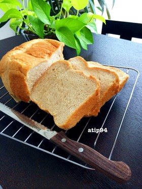 ◆HBで♪ふんわり柔らかライ麦パン◆