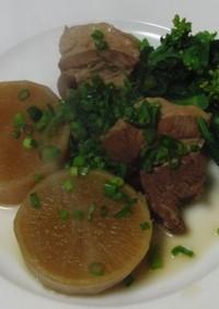 豚角切りの菜の花添え