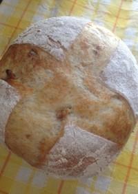 胡桃とチーズのカンパーニュ