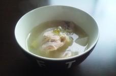鶏とだいこんの塩麹スープ