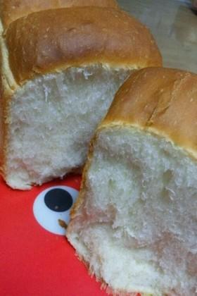てごねでふわふわ食パン♪
