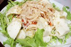 お豆腐とチキンのサラダ♪