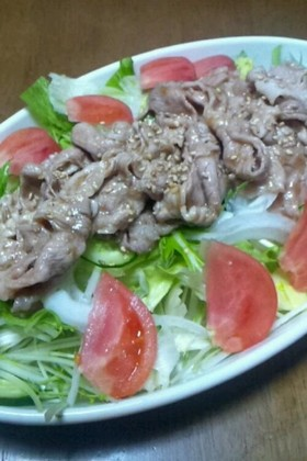梅ジャムソースの豚サラダ