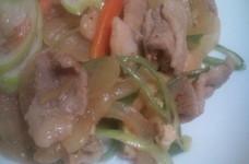 野菜がたっぷりとれる♪豚肉の炒め甘辛煮
