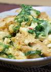鶏肉と豆腐とキムチの卵とじ
