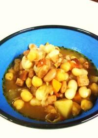 三種の豆の煮込みスープ☆チリコンカン風