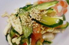 鶏胸肉と胡瓜のサラダ