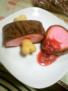 マンガ肉ロールケーキ