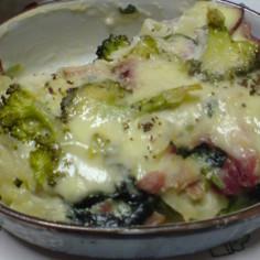 野菜たっぷりマカロニグラタン