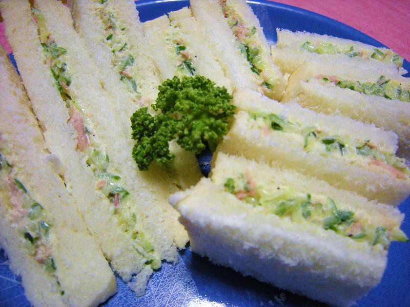 簡単朝食★きゅうりとツナのサンドイッチ★