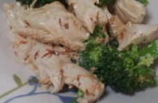 ブロッコリーとささみのマヨしょう油サラダ