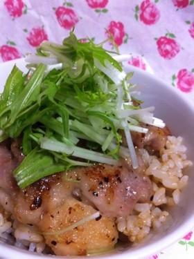 超簡単...塩麹で..チキンソテー&鶏丼
