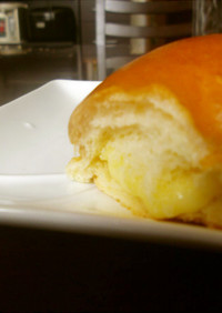 朝食に♪とろけるチーズのロールパンサンド