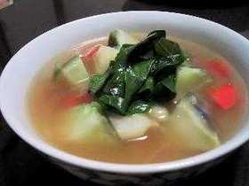 コールラビの野菜スープ