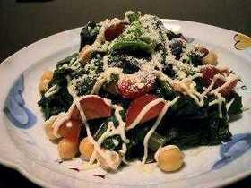 コールラビの葉っぱサラダ