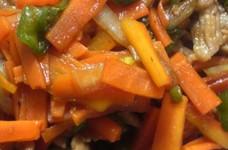 簡単美味♪がっつり健康彩り肉野菜炒め