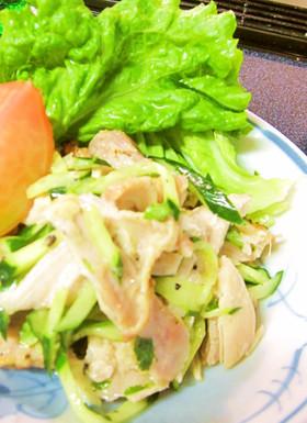 鶏モモ肉の低カロリーさっぱりサラダ