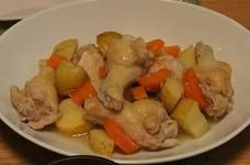 鶏手羽元の塩麹煮