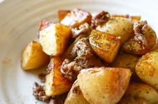 牛肉とじゃが芋のシンプル塩マヨ炒め