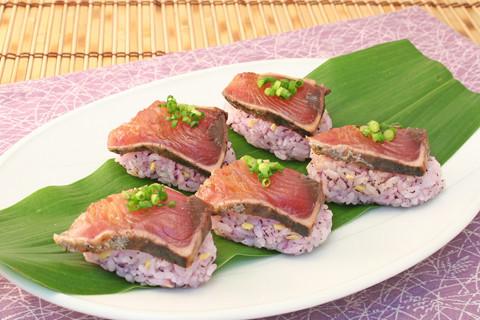 鰹の握り寿司 赤しそ風味