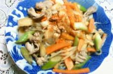 白滝と豚肉と人参のネギ生姜すきやき風煮