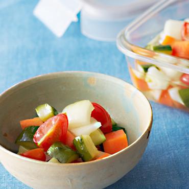 コロコロ野菜とミニトマトのピクルス