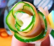 お弁当を華やかに♪簡単ハムきゅうり巻き☆の写真
