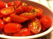 簡単イタリアン☆トマトのガーリックサラダの写真
