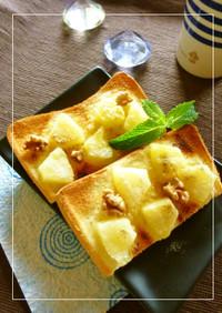 パイナップルのカルダモン風味トースト