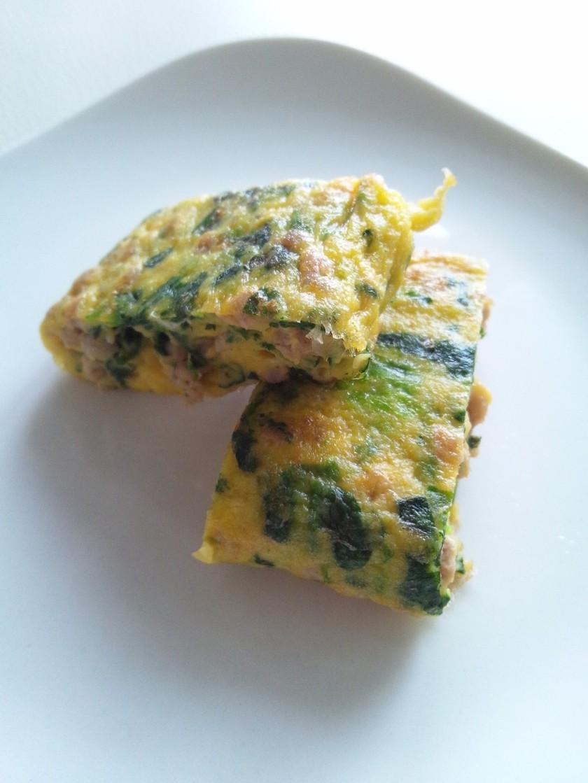 【離乳食・後期】ほうれん草とひき肉卵焼き