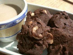 ダブルチョコチップクッキー(ナッツ入り)