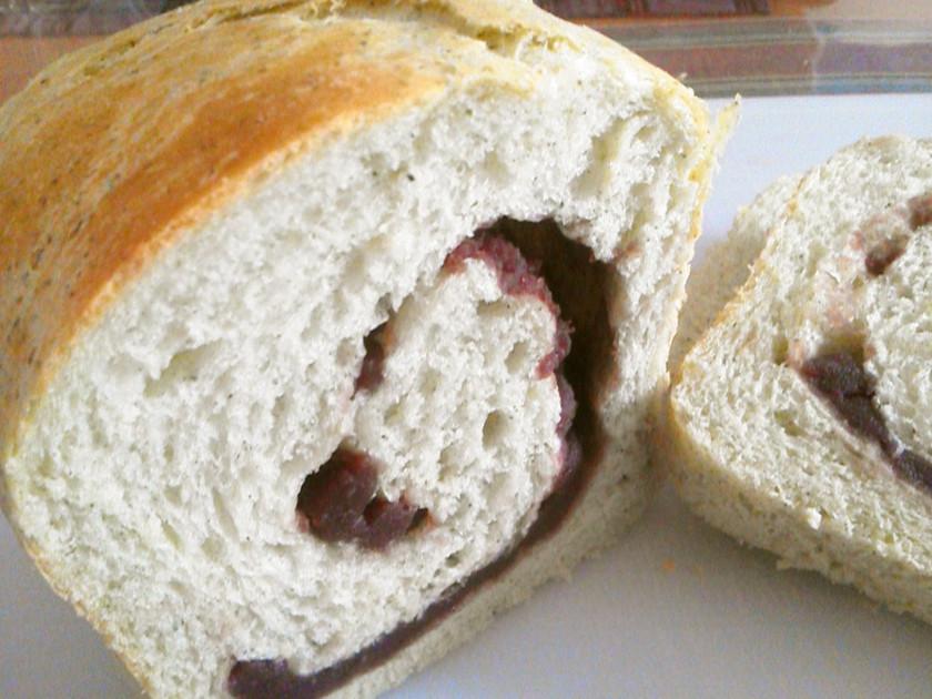 よもぎ粉を使ってHBでヨモギあん食パン