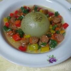 丸ごと新玉ねぎのカラフルソース煮